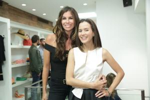 Joana Nolasco recebe glamurettes no Rio