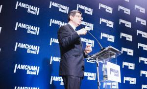 Palestra de Joaquim Levy e Delfim Netto em SP agrada empresários