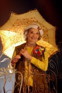 """Glória Menezes aos 80 anos: """"Meus personagens me ensinam"""""""