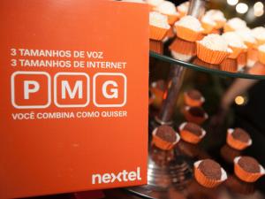 """Nextel e seus """"docinhos da casa"""" na festa do Glamurama no Rio"""