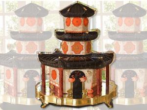 Liana de Moraes: aniversário com jantar oriental e bolo-templo