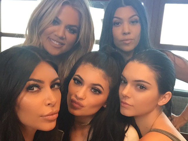 As irmãs Kim, Khloe, Kourtney, Kendall e Kylie      Créditos: Reprodução Instagram