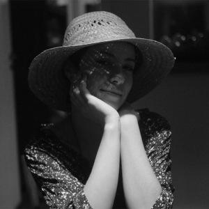 Andreia Horta começa a gravar como Elis Regina em novo filme