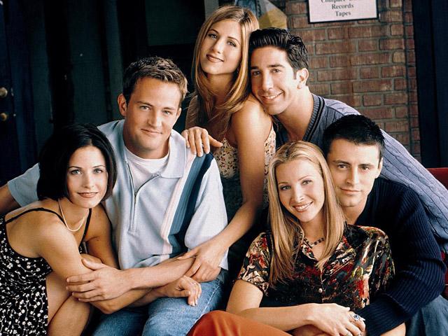 Elenco de Friends em foto da última temporada || Crédito: divulgação