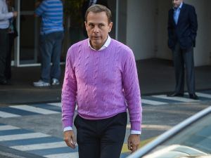 Pré-candidato, João Doria é aconselhado a maneirar no cashmere