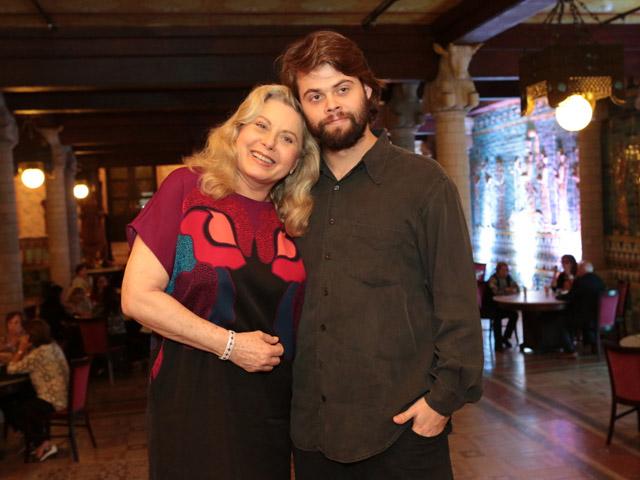 Vera Fischer e o filho, Gabriel || Créditos: Reginaldo Teixeira/ Divulgação