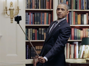 No aniversário de Obama, 8 momentos do presidente mais cool dos EUA