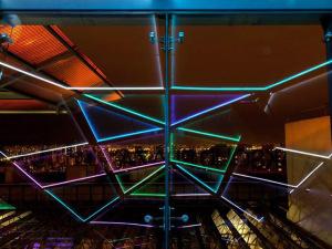 Visa Infinite Experience arma noite de experiências no Maksoud Plaza