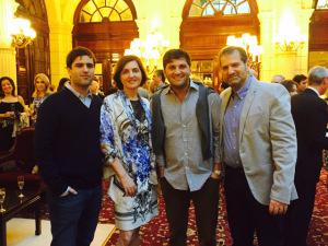 Família Orlean recebe o Glamurama para cocktail em Paris. Très chic!