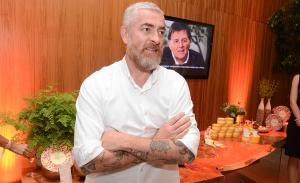 Alex Atala e Sergio Coimbra recebem chef Pierre Hermé em SP