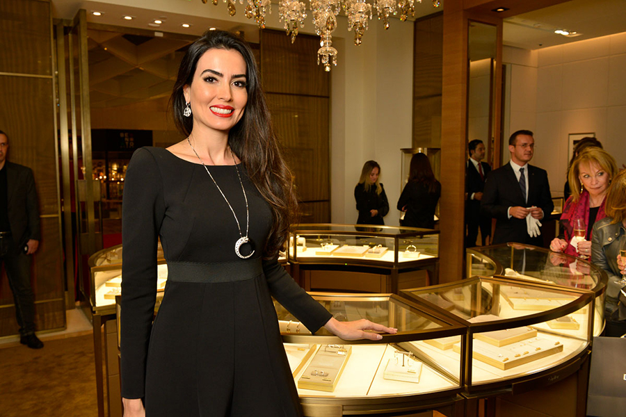 57aab20a5ed93 Cartier inaugura sua terceira boutique no Brasil, no shopping Iguatemi