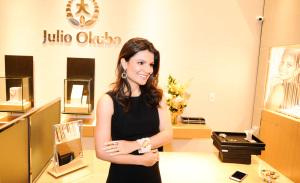 Julio Okubo lança coleção de joias no Shopping Iguatemi em São Paulo