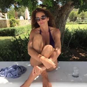 Cindy Crawford comenta foto polêmica que viralizou na Internet