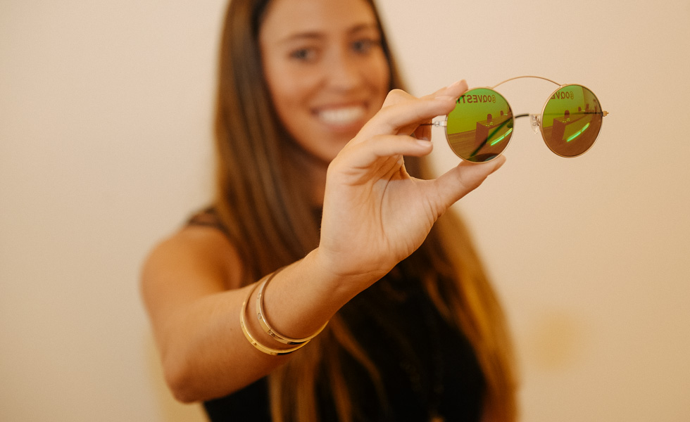 Óculos Spektre, à venda no OQVestir por R$799. www.oqvestir.com.br