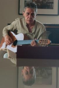 Trailer de documentário sobre Chico Buarque é divulgado. Play!