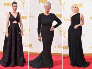 """Famosas transformam o tapete vermelho do Emmy em """"black carpet"""""""