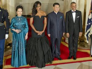 Em jantar de Estado, Michelle Obama rouba a cena com certo modelito…