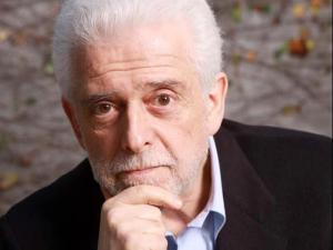 Flávio Gikovate lança autobiografia com noite de autógrafos e palestra