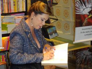 Mary del Priore lança primeiro romance baseado em personagens reais