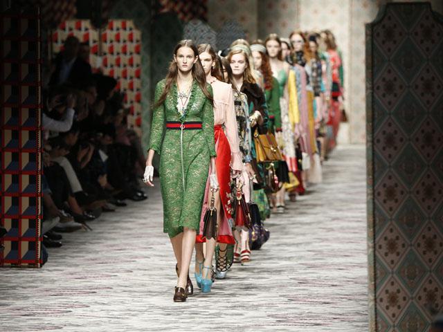 O desfile decorativista e cheio de hits da Gucci em Milão – Glamurama 6a15958d587
