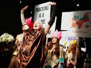 Vivienne Westwood protesta contra o aquecimento global