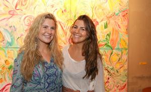 Marie Mercier reúne glamurettes em sua exposição em Ipanema