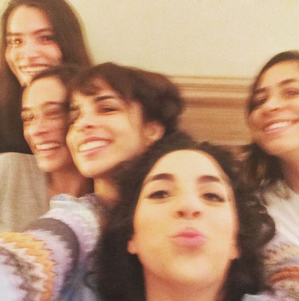 As amigas nos preparativos: a atriz Maria Manoella, a chef Bel Coelho, Maria Ribeiro, Martha Nowill e Julia Duailibi