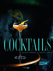 Bar do Le Bristol, em Paris, lança livro com receitas de seus drinks