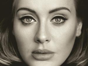 Adele divulga capa, tracklist e data do primeiro single de seu novo disco