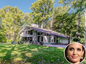 Casa onde Angelina Jolie passou a infância está à venda em NY