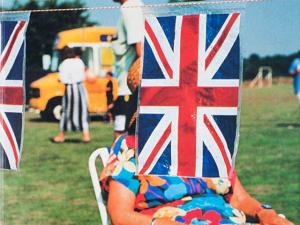 Galeria Lume recebe o cotidiano cheio de ironia do inglês Martin Parr