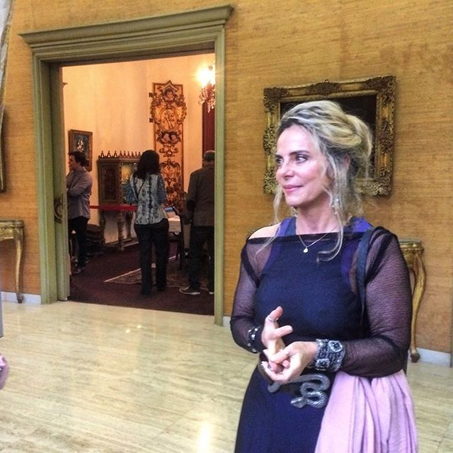 Bruna Lombardi na festa da revista J.P