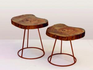Lá em Casa: os bancos/mesas do Estúdio Cristiana Bertolucci