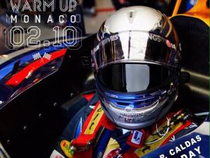 Pedro Caldas comemora aniversário em warm-up de novo projeto