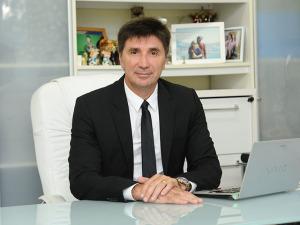 Empresário brasileiro deixa de ser bilionário com queda do real