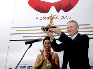 Carlos Henrique Schroder, diretor-geral da TV Globo, ganha homenagem em festival