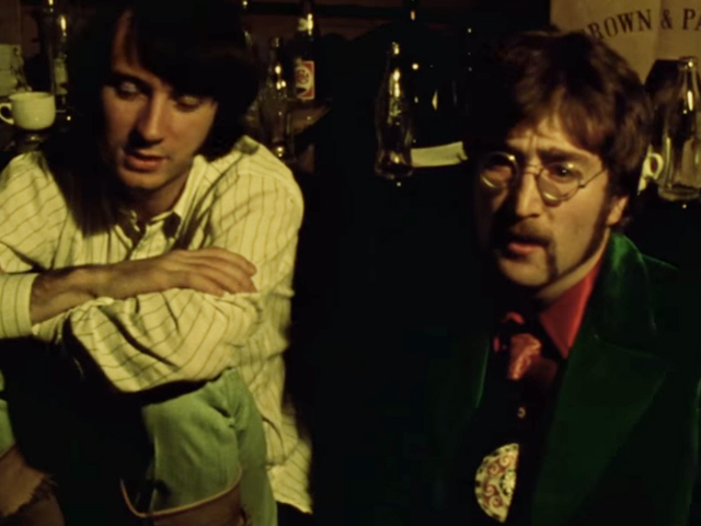 "John Lennon em cena de clipe de ""A Day In The Life"""