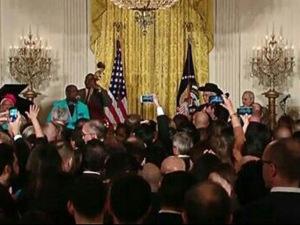 Casa Branca é invadida pelos cubanos do Buena Vista Social Club. Play!