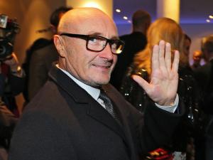 Phil Collins volta à cena e promete contar tudo em autobiografia