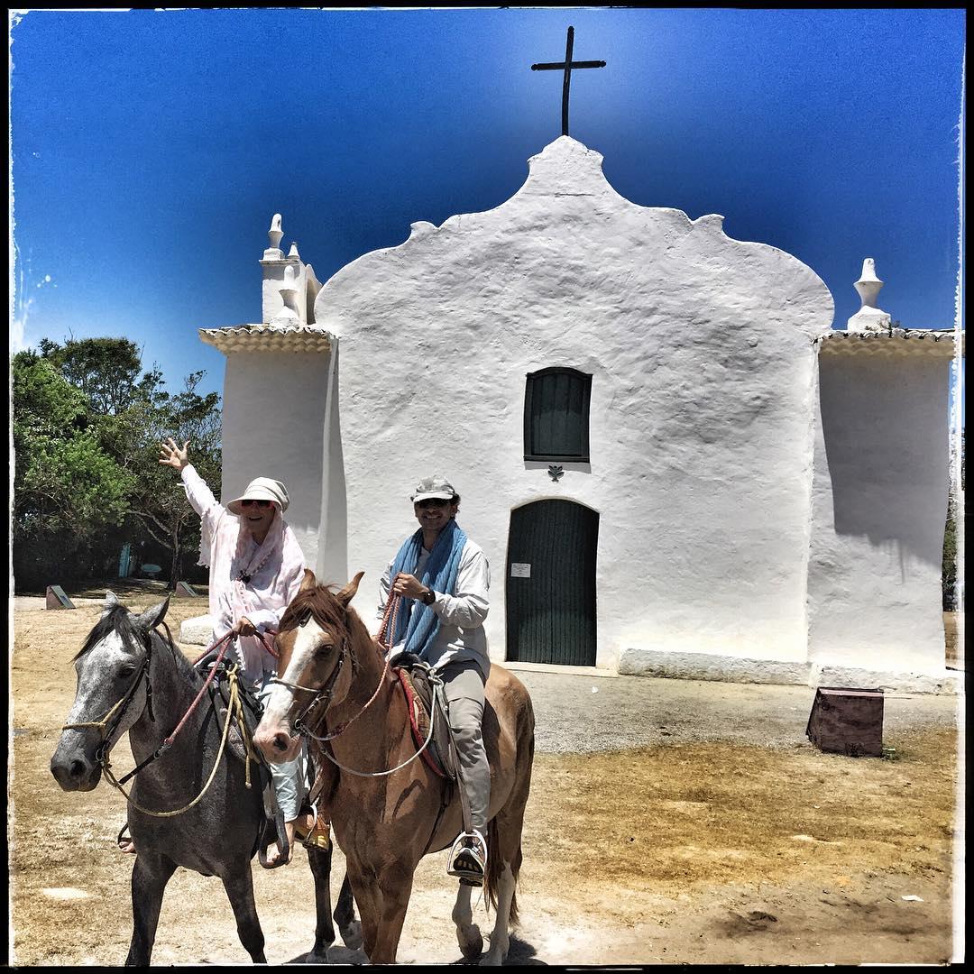 "Igreja de Trancoso: ""Horse no ""Quadrado""#trancoso #trancosolifestyle"""
