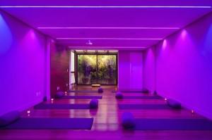 Novo encontro do #ProjetoVerãoGlamurama acontece no espaço My Yoga