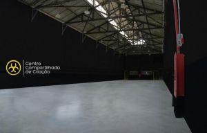 Caco Ciocler e Ricardo Grasson inauguram Centro Compartilhado de Criação