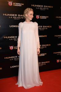 "Três versões de Jennifer Lawrence nos red carpets de ""Jogos Vorazes"""