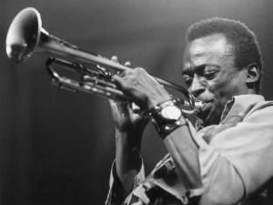 BBC elege os 10 maiores nomes do jazz de todos os tempos