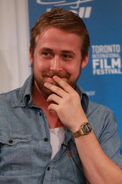 Ryan Gosling em uma conferência de imprensa durante o Toronto International Film Festival, no Sutton Place Hotel, em 2007
