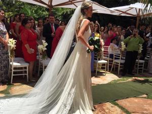 Jogador Fred e Paula Armani se casam com festa em Minas Gerais. Aos cliques!