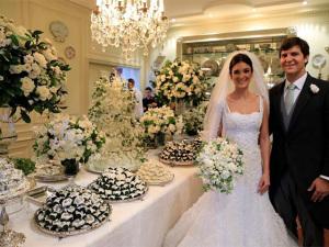 Renata Jafet e Sergio Doria se casam com festa para 500 convidados em SP