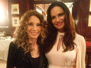 Marisa Berenson ganha jantar estrelado no Copacabana Palace
