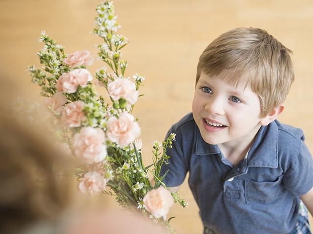 Comemore o Dia Mundial da Gentileza com Herbal Essences
