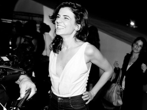 """Mariana Aydar apresenta """" Pedaço Duma Asa"""" no Auditório Ibirapuera"""